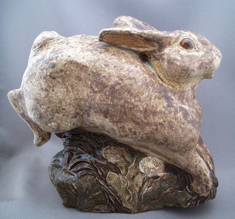 Morris Pottery Rabbit