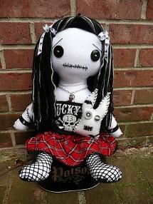 A_goth_doll
